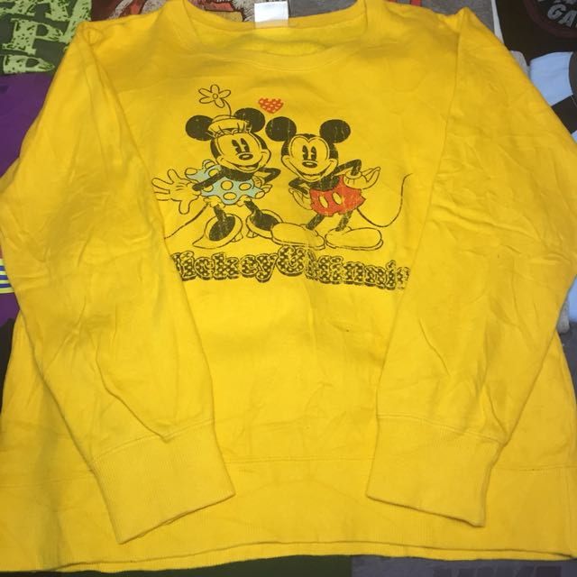 56855195 Mickey & Minnie Sweatshirt, Men's Fashion, Clothes, Tops on Carousell