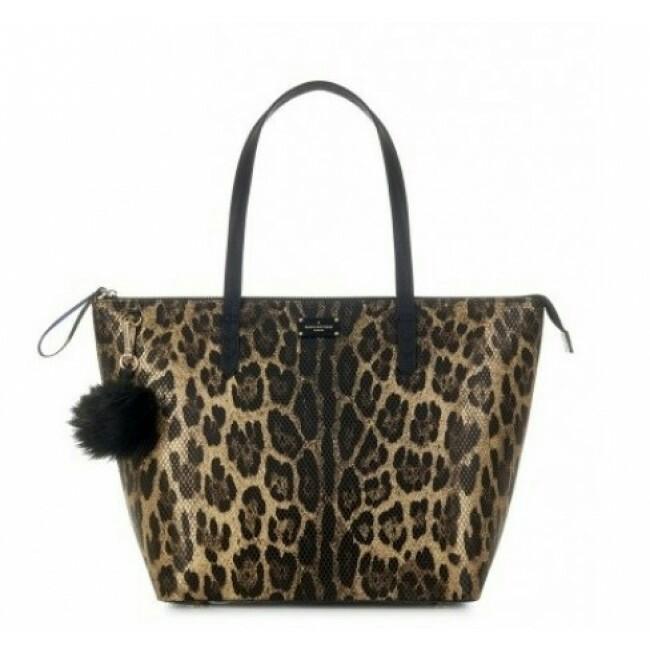 969f7719883 Pauls Boutique London Leopard Print Handbag, Women s Fashion, Bags   Wallets  on Carousell