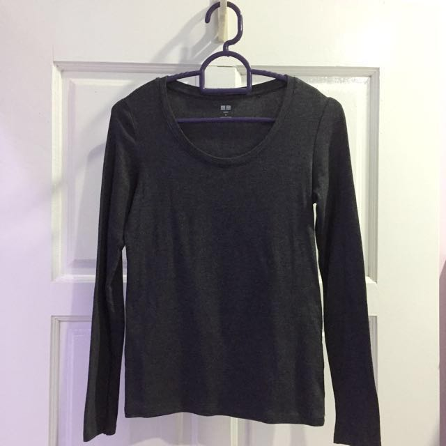 Uniqlo Supima Long Sleeve T