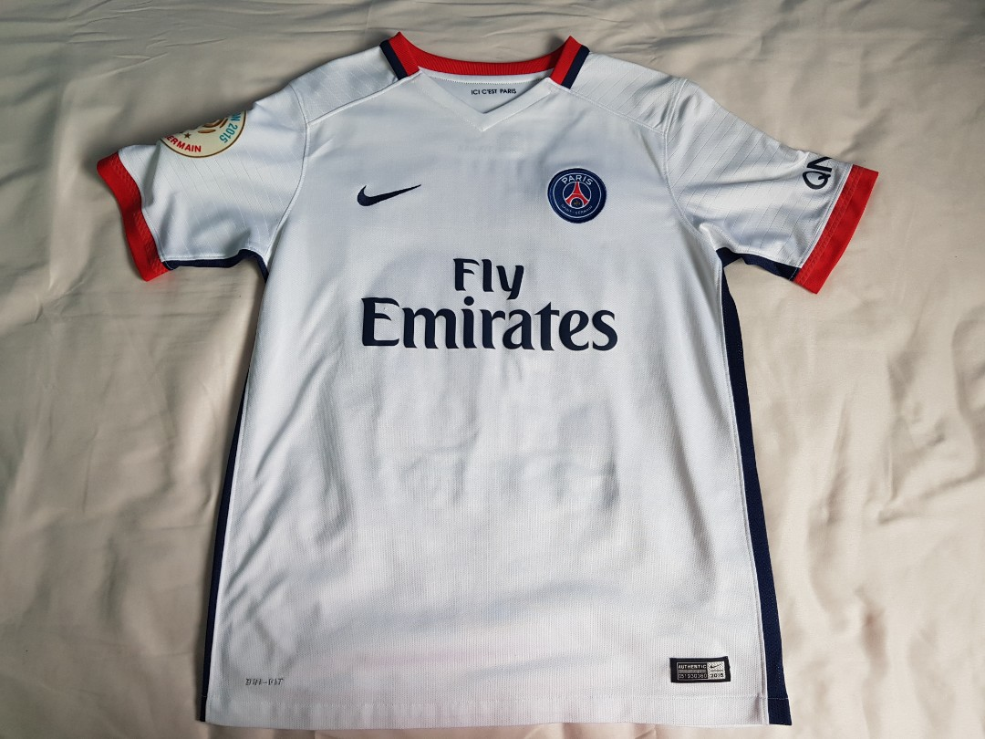 official photos 4daf6 6bc51 Used Authentic Paris Saint Germain Away Jersey/Shirt with ...