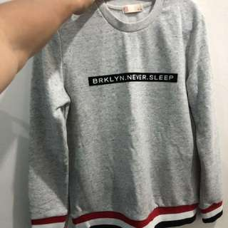 Long sleeves sweater size S