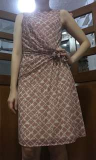 Dress motif pink