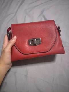 [Clearance] Small red sling bag