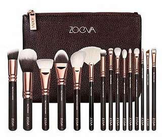 [SOLD-OUT] 💄 Zoeva 15 Pieces Rose Gold Brushes Complete Set With Zoeva Pouch