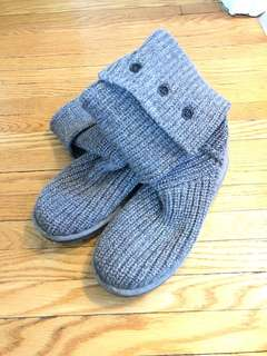 Grey knit Ugg boots