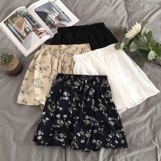 [PO] Floral and basic shorts