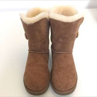 UGG Boots US7