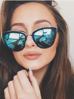 QUAY - MY GIRL Oversized Cat Eye Sunglasses (Blue Lens)