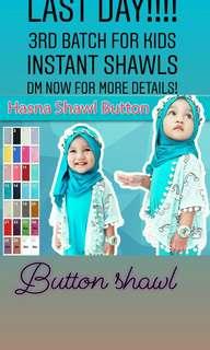Button kids intsant shawl