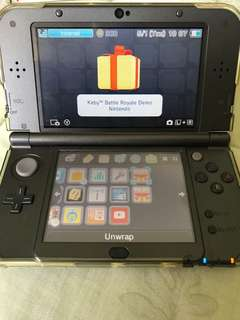 Nintendo New 3DS XL with FREE 4 games!