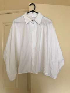 Unique shirt with wide sleeves