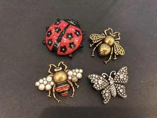 Gucci guccy 甲蟲 動物銅金水晶蝴蝶扣針
