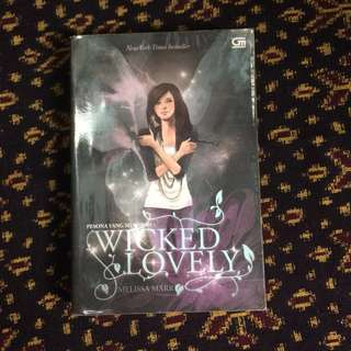 Novel Wicked Lovely oleh Melissa Marr