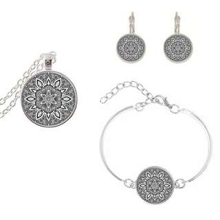 Silver colour art picture jewellery set
