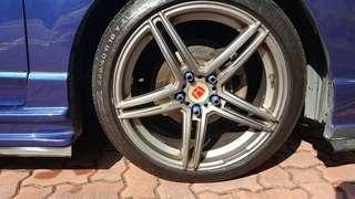 18' Sports Rim w Tyres