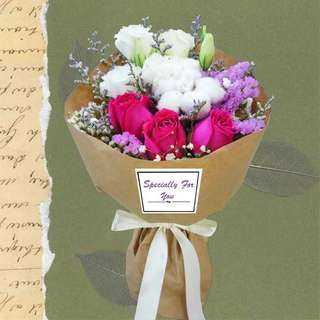 [FREE DELIVERY] Cotton Flower & 3 Hot Pink Roses Hand-bouquet (016-PK)