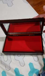 (IMMEDIATE @$25) Jeweler box - new