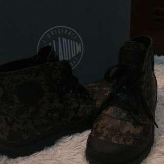 Palladium Waterproof Camo Boots 10.5men US