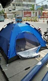 Tenda cemping (dum)