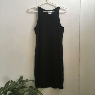 Black high-neck bodycon dress size S