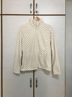 Uniqlo White Fleece Winter Jacket Polkadot