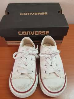 Unisex White Converse Shoes in White