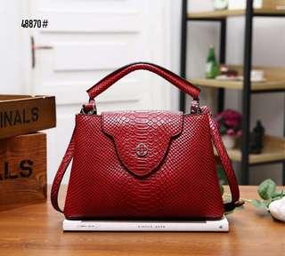 e679b747e22b66 LV Louis Vuitton Capucines Snake Leather Bag 48870#22 Bahan kulit (motif  ular)