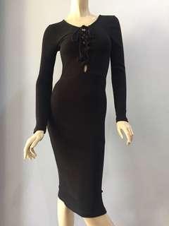 Na-kd Black Dress