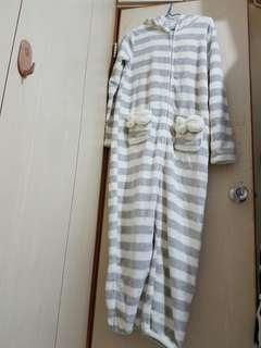 成人兔仔連身睡衣