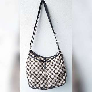 MARIE CLAIRE AUSTRALIA CLOVER BAG