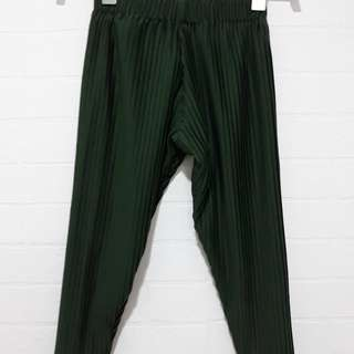 Basic pleats pants