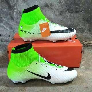 Sepatu Bola nike boots ready size 39-43