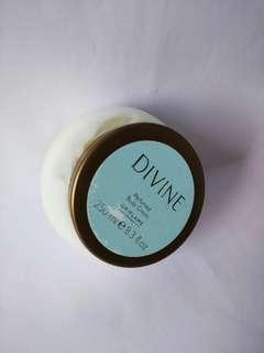 Divine Parfumed Body Cream