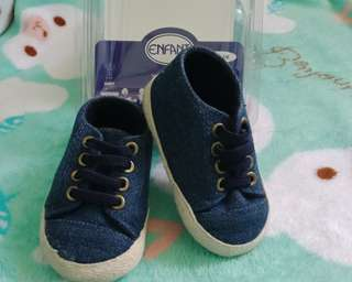 Denim shoes (0 to 6m)