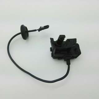 Volkswagen - Scirocco Fuel Filler Door Lock Actuators