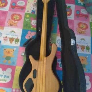 Bass fishman aktif custom + hardcase