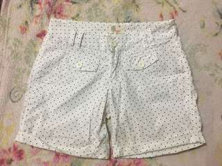 BENCH/ polka dotted short