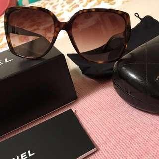 Chanel Sunglasses - Authenticity Guaranteed