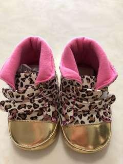 🚚 小孩鞋