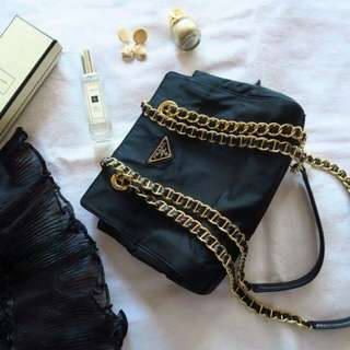 Vintage Prada 中古深藍色金鏈chain 側咩袋