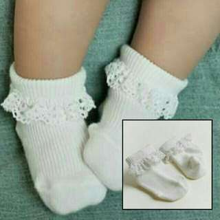 Creamy White Lacey Baby/Kids Socks