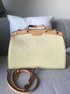 Louis Vuitton handbag authentic