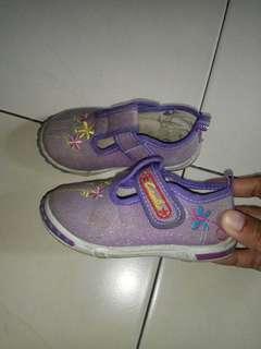 Sepatu Carvil Anak