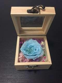 花香耳語盒子