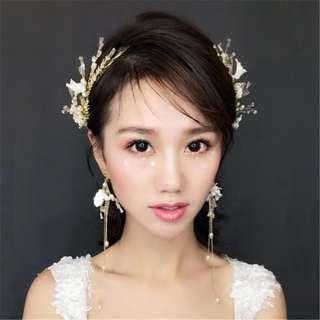 One set(Hair Accessories & earrings)