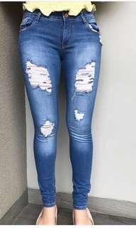 Pullnbear ripped jeans