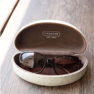 COACH 2048 Tortoise Plastic Sunglasses Brown 56mm Lens (U.P S$300)