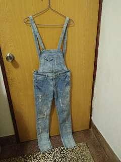 🚚 💓一件90兩件150聊聊改價💓淺藍刷色微刷破吊帶褲