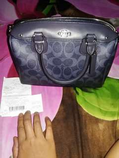 Coach mini benette price is negotiable