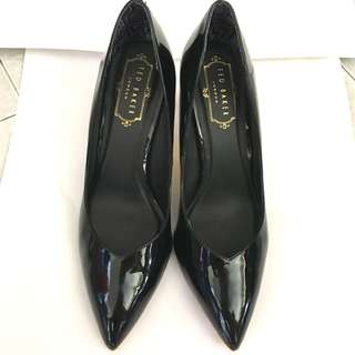 Ted baker black patent court heels
